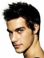 Fashionable men hairstyle with medium short .JPG