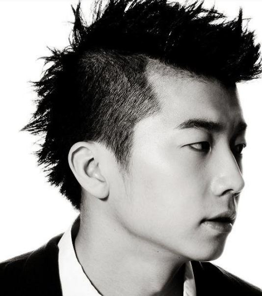 Asian guy mohawk hairstyle with spiky hair.JPG