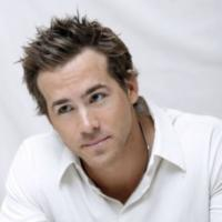 Ryan Reynolds photo with layered haircut with spiky bang.JPG