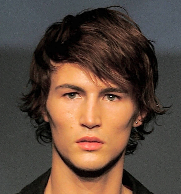 Mens wavy hairstyles with long straight side bangs.PNG