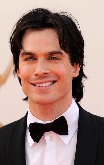 Ian Somerhalder photos with his medium long hairstyle with long side bangs in dark brown hair_Ian Somerhalder movies.PNG