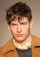 Men's Short Messy hairstyle_very cool