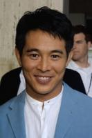 Jet Li actor with a nice Asian mens hairstyle.jpg
