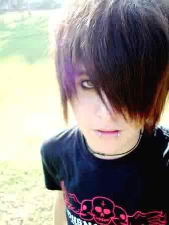 Hot Emo Guys Hairstyles