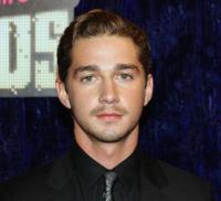 Shia LaBeouf in short hairstyle with wavy side bang.jpg
