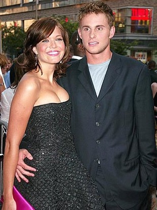 Andy Roddick and Mandy Moore_young Andy with short wispy hairstyle.jpg