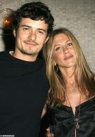 Orlando Bloom and Jennifer Aniston.jpg