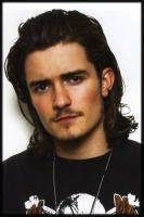 cool looking actor Orlando Bloom.jpg