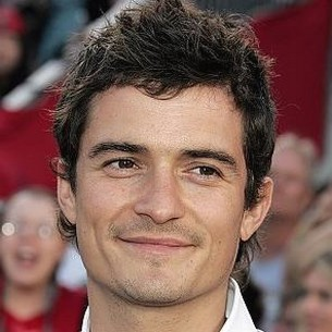 Orlando Bloom with wipy short hairstyle.jpg