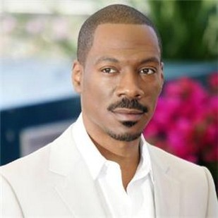 Eddie Murphy with very short hairstyle.jpg