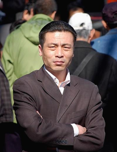 older mens hairstyles. older Asian men hairstyle