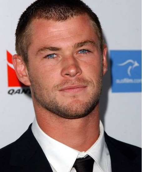 sexy australian actor Chris Hemsworth picture with his bald head.jpg