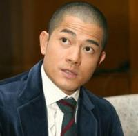 actor and singer Aaron Kwok with his extreme short haircut.jpg