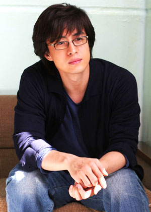 pictures of Bae Yong Joon.jpg