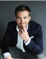 handsome actor picture of Chris Pine with very short hairstyle.JPG