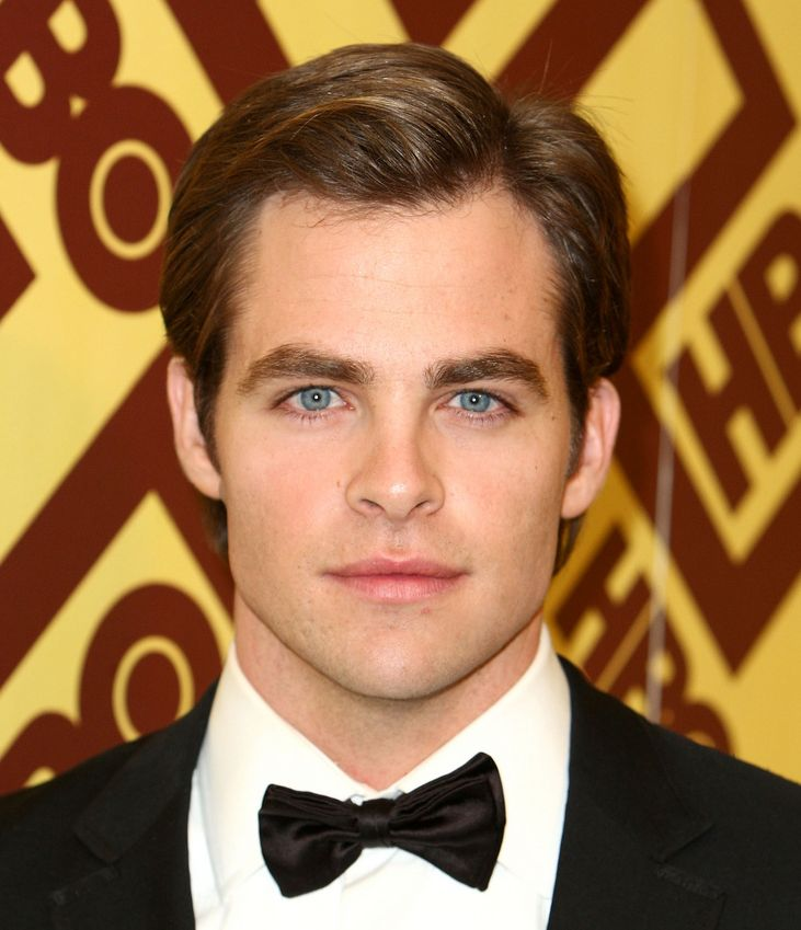 image of fashion actor Chris Pine with cute hairstyle.JPG