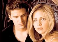 Sarah Michelle Gellar and David Boreanaz_Angel and Buffy movie show.JPG
