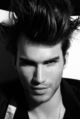 Short men spiky hairstyle with long bang in back hair.JPG