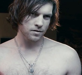 Australian actor Sam Worthington with long hairstyle picture.PNG
