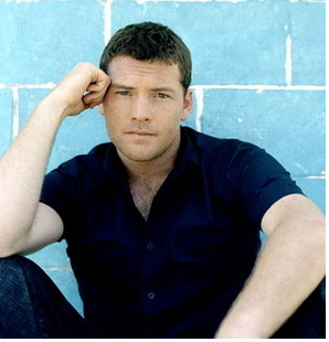 Sam Worthington with short layered hairstyle.PNG