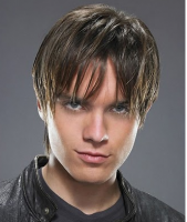 Young men layered hairstyle with very long bangs images.PNG