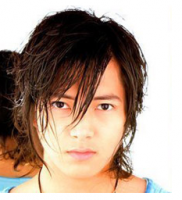 Long Asian men hairstyle with full of layers and highlights with very long side bangs.PNG