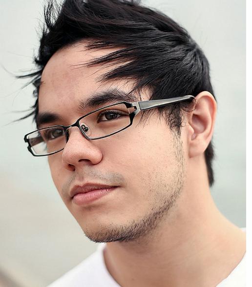 Chic young men haircuts photos.PNG