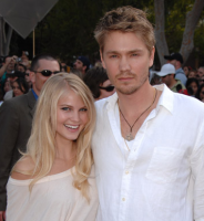 Chad Michael Murray girlfriend photos.PNG