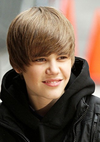 Go Back > Gallery For > Justin Bieber Hairstyle 2010